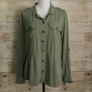 SONOMA BUTTON UP SHIRT  SIZE MEDIUM